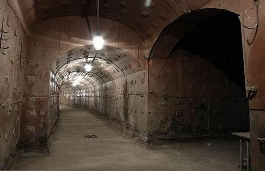 Призрак в бункере