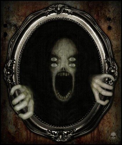 Зеркало в шкафу