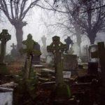 Кладбище, стихотворение