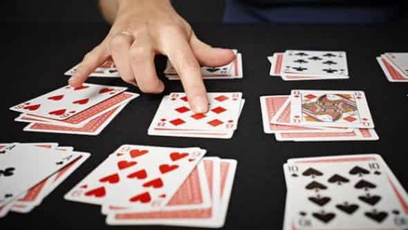 Несколько простых способов гаданий на любимого человека с помощью игральных карт