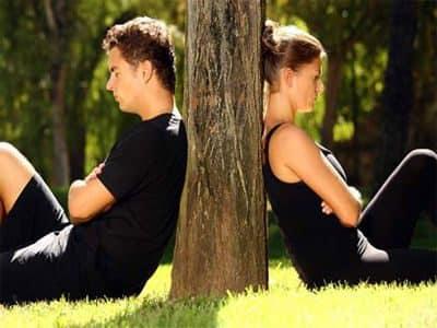 Расклад Любовный треугольник для гадания на взаимоотношения