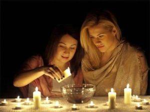 Гадания в ночь перед Рождеством. Различные способы рождественской ворожбы: гадания на любовь, гадания на будущее, на имя суженого…
