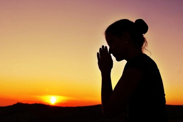 Материнская молитва о детях Вера и надежда  картинка