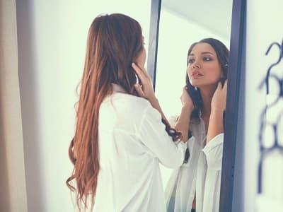 Что нельзя делать перед зеркалом