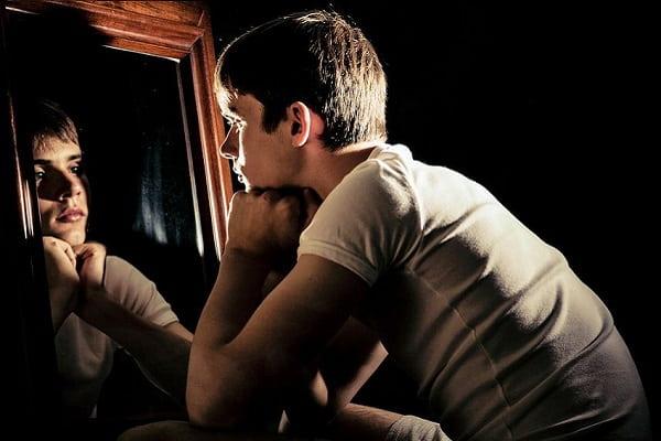Почему закрывают зеркала когда человек умирает Вера и надежда  картинка