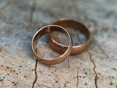 Что делать с обручальным кольцом после смерти мужа
