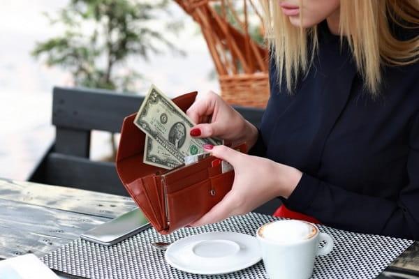 Чтобы деньги в кошельке водились Приметы  картинка