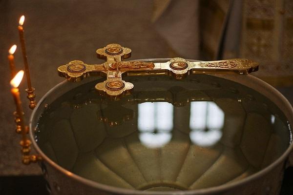 Крещенская вода Вера и надежда  картинка