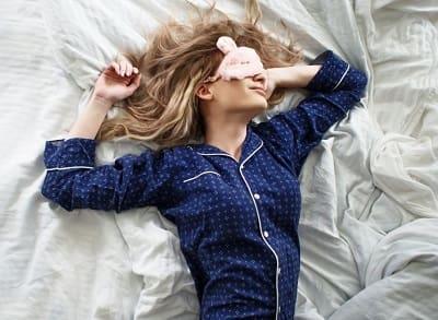 Во сне не могу двигаться