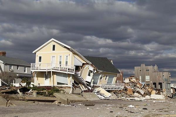Видеть ураган во сне Сонник  картинка
