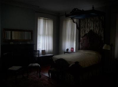 Умерший в комнате
