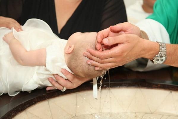 Крещение ребенка и обычаи с ним связанные Вера и надежда  картинка