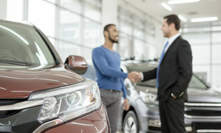 Преимущества покупки нового автомобиля с салона