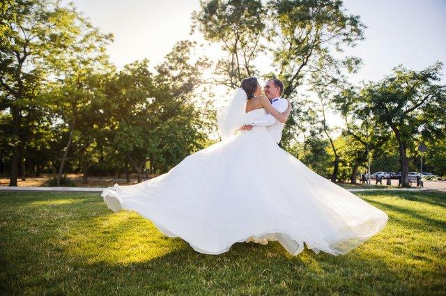 Почему стоит сходить на пост-свадебную фотосессию