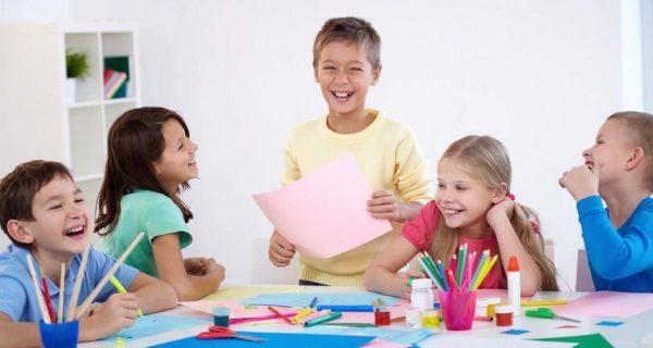 Новогодние каникулы для школьников в клубе Шале: занятия творчеством, спорт и общение