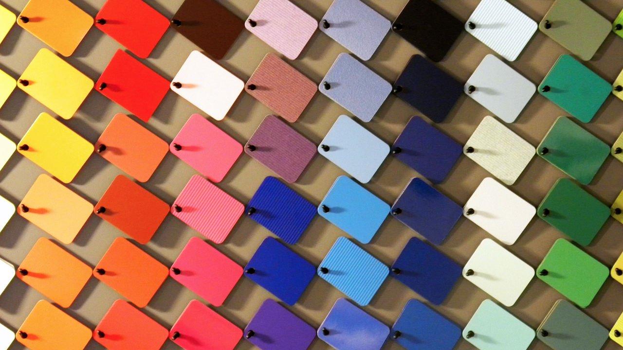 Помощь в выборе оттенка краски для строительных работ