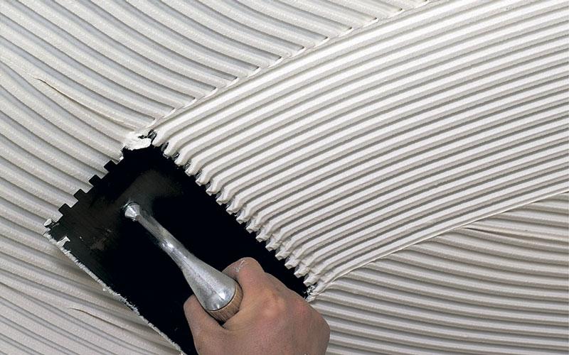 Можно ли самостоятельно сделать плиточный клей из цемента